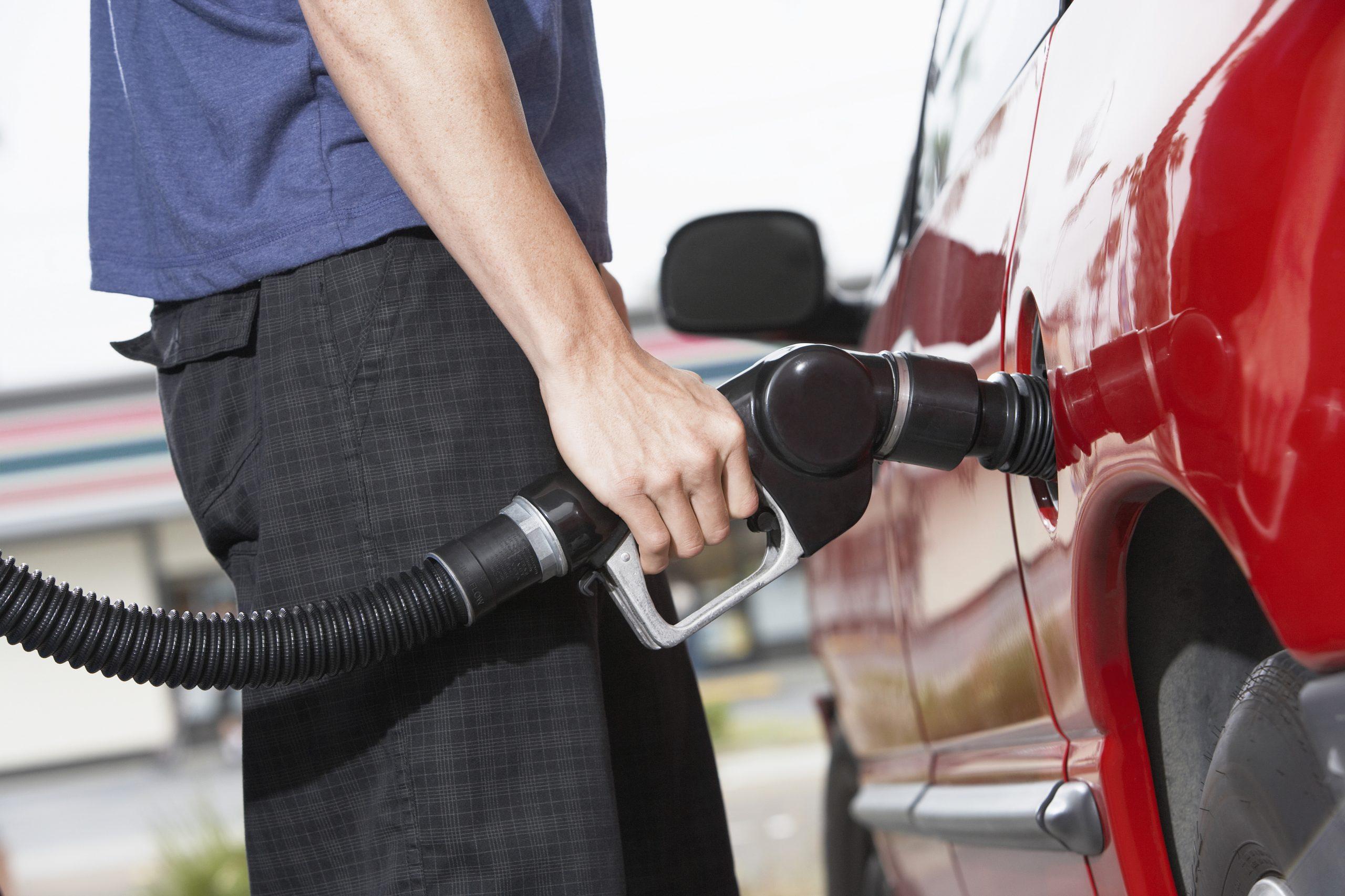 Carburante e risparmio di carburante con un chiptune